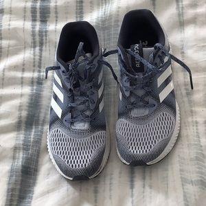 Adidas Aerobounce sneakers